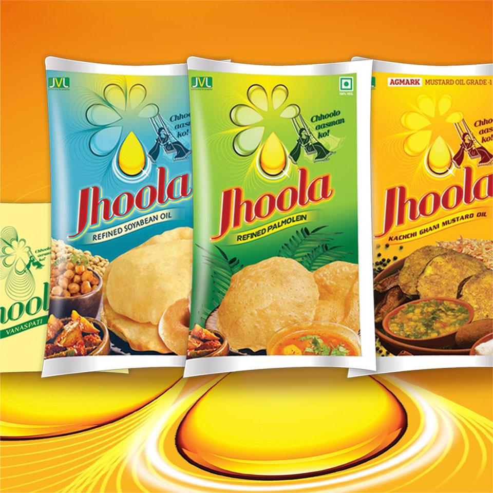 https://wysiwyg.co.in/sites/default/files/worksThumb/jvl-jhoola-oil-soyabean-mustard-palmolein-vanaspati-packaging-packet-2015.jpg